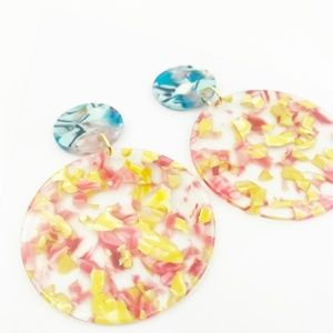 CLOSET REHAB Jewelry - Circle Drop Earrings in Pink and Yellow with Blue